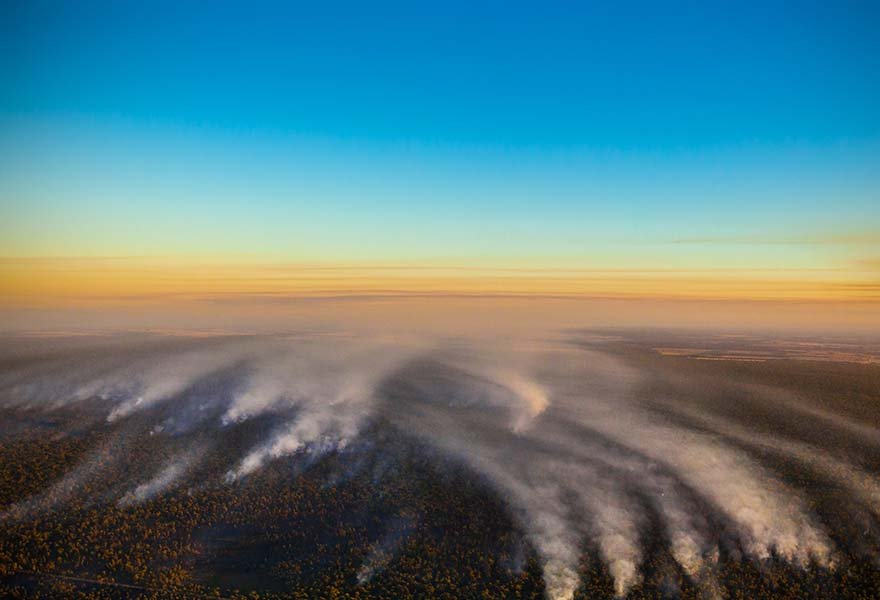 Smoke trails over the Pilliga fires 2015