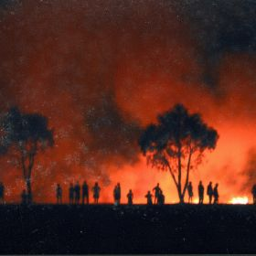 Fire rages into the night during the Black Christmas fires, 2001.