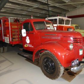 1949 Chevrolet Maple Leaf with twin Cyl Petters Pump Coolamon fire tanker, Marravale BFB, 1976 Decommissioned, 2016c NSW RFS Temora CEC